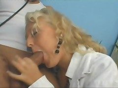 Beauteous doctor has great sex coupled with loves a facial
