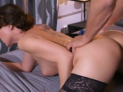 MOM Mature Housewife in pantyhose pumping out after oral