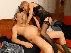 Gonzo OMAS - German granny puts her mature twat to excellent use